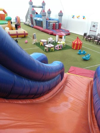 Salta Salta - Playground with inflatable games in Mestre