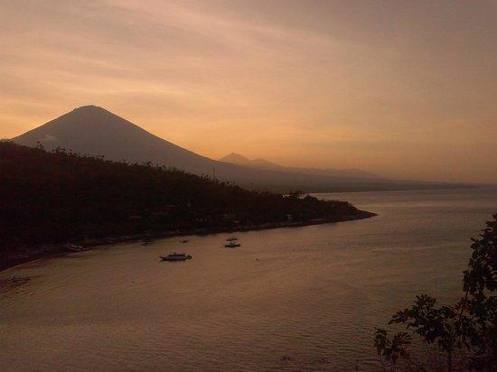 Sinar Bali 1 Bungalows : закат