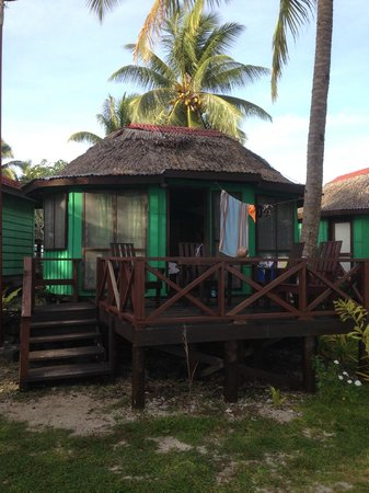 Va-i-Moana Seaside Lodge: Enclosed Fale with ensuite