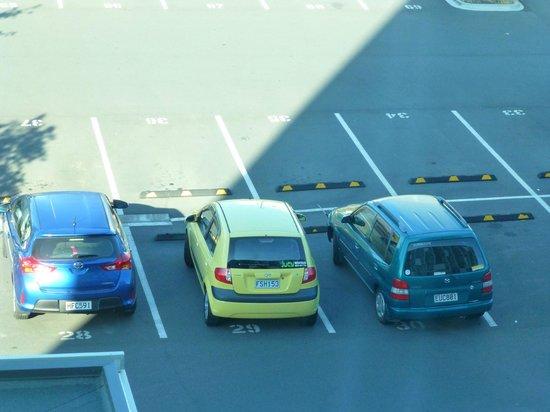 Ibis Budget Auckland Airport: Parkplatz