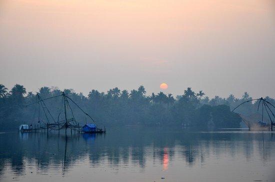Les 3 Elephants Cherai Beach : Sonnenaufgang, Backwaters