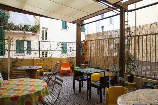 Albergo delle Spezie : terrazza ralax e colazioni