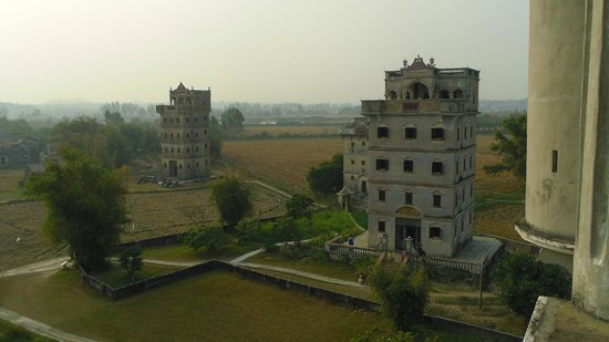 Kaiping Diaolou and Villages : 楼閣の上階より。
