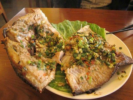 Qingjing Lumama: 香酥包料魚