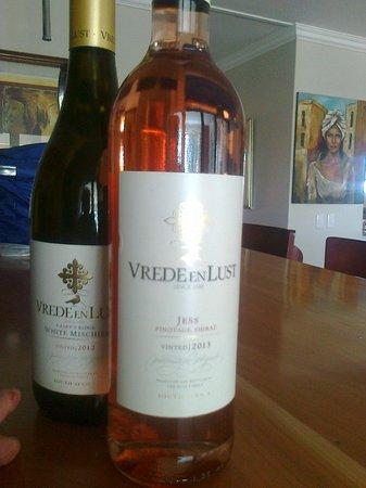 Vrede en Lust Winery: Jess & White Mischief