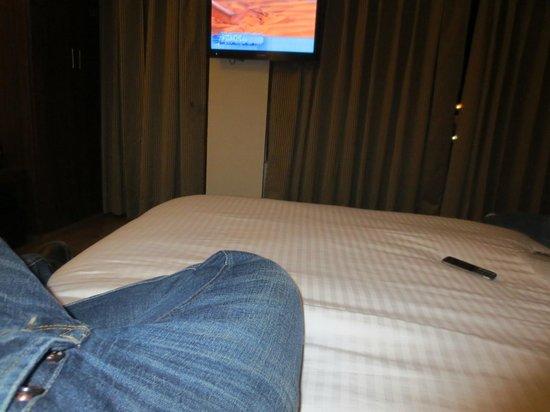 Sandhya Resort & Spa Manali: Inside the room