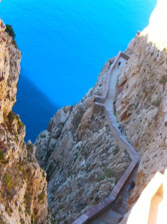 Frecce delle Grotte di Antonio Piccinnu: walking route