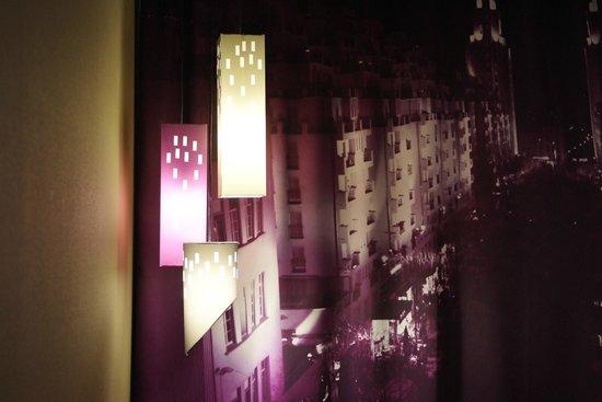Hotel Ariana : By night
