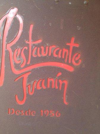 Juanin: logo