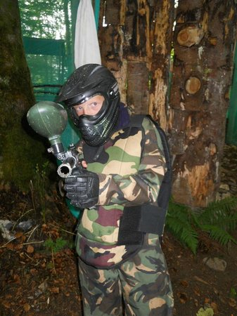 Clare Paintball - Deerpark Outdoor Centre: full protected and ready to shoot