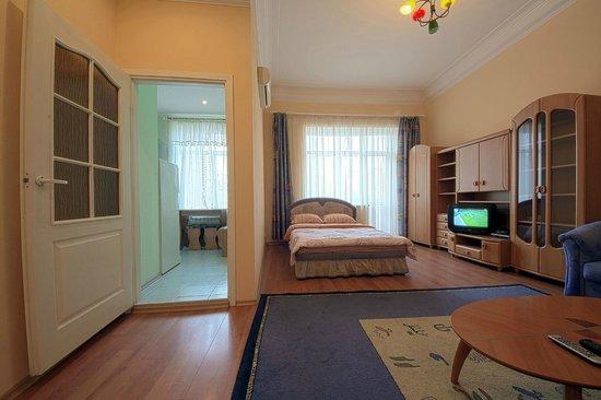 Olga Apartments Bild