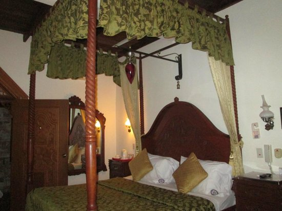 Tropicana Castle Resort: one of their rooms
