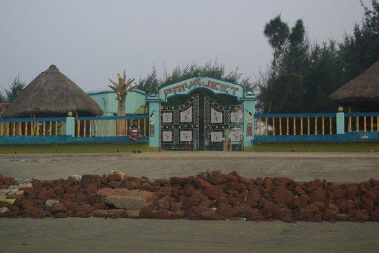 Priyajeet Resort