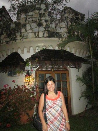 Tropicana Castle Resort : near swimming pool