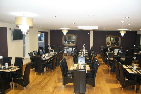 Zaiqa  buffet: interior