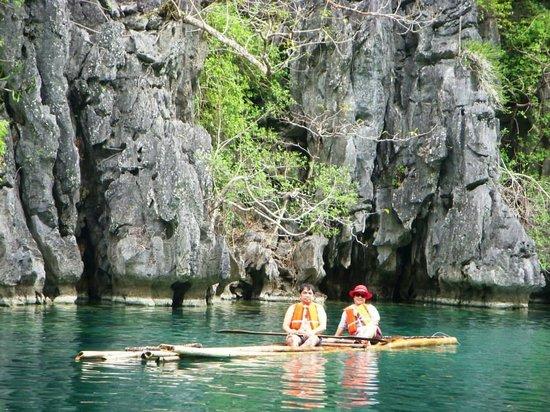 Coron Bay: Bamboo Raft Ride