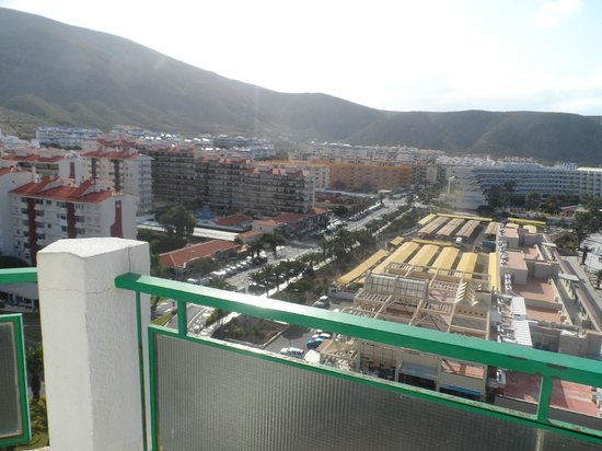 Comodoro Apartments: morning view from the balcony