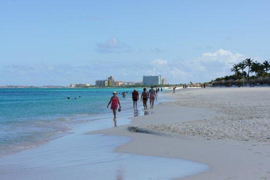 Bucuti & Tara Beach Resort Aruba: La spiaggia - Eagle Beach