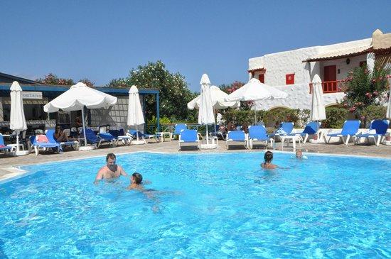 Aldemar Cretan Village: Релакс бассейн