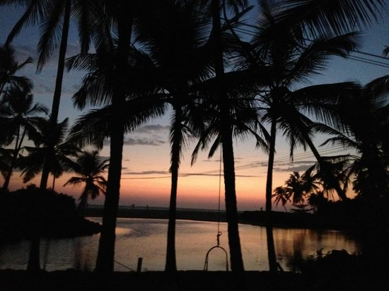 Kannur Beach House: View at sunset from gardens
