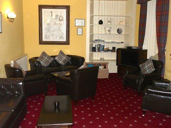 Bridge of Cally Hotel: Comfortable lounge
