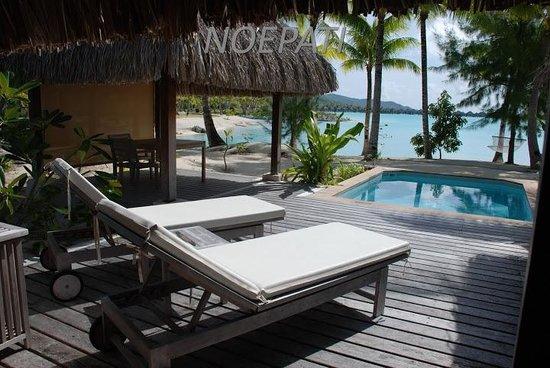The St. Regis Bora Bora Resort: Habitación frente a la laguna