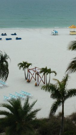 Grand Plaza Beachfront Resort Hotel & Conference Center: Set up for wedding on beach
