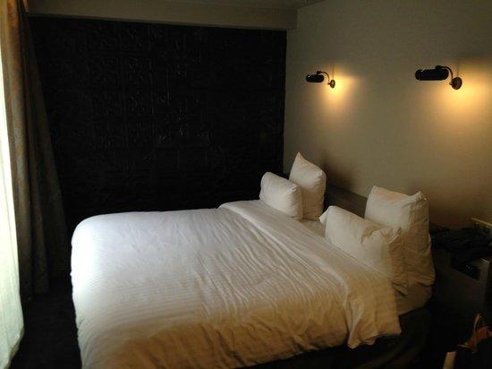 Hotel Eugene en Ville: Letto