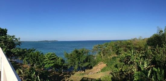 Rhodes Beach Resort Negril : from the restaurant