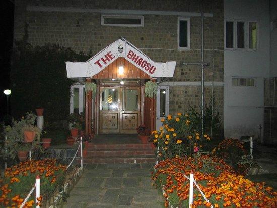Hotel Bhagsu - HPTDC: entrance