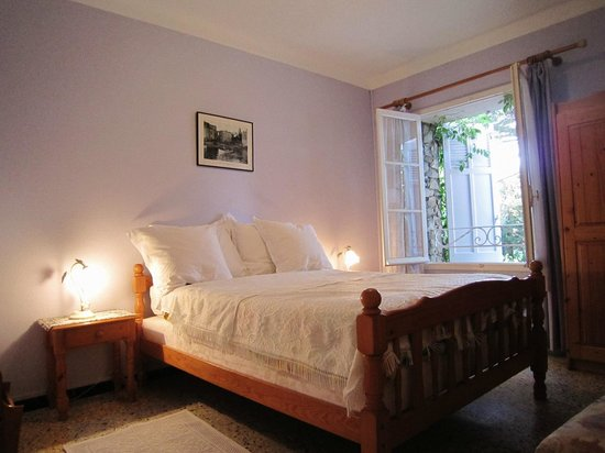 La Belle Isnarde: Zimmer