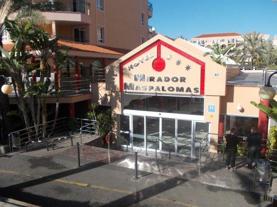Dunas Mirador Maspalomas: Entrance to hotel