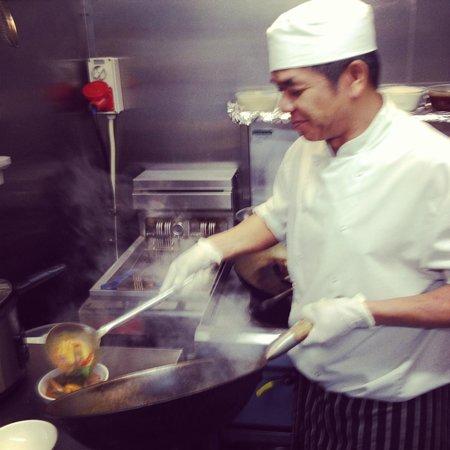 Chili Club : Sitthichai Piakaew ( Head Chef)