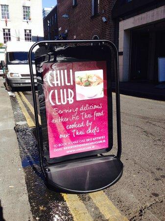 Chili Club : Street Sign