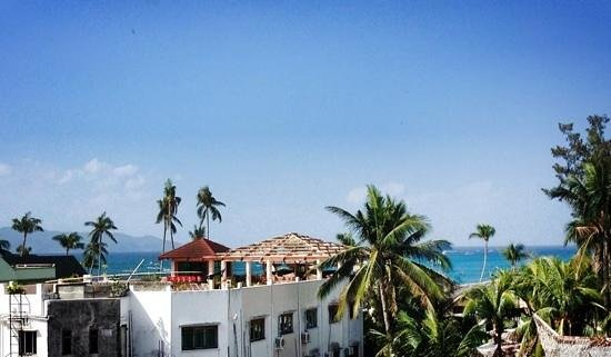 Hampstead Boutique Hotel Boracay: my sea view from the living room of room #5