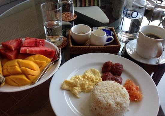 Hampstead Boutique Hotel Boracay: the local breakfast..which is complementary