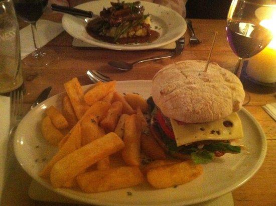 The Angel at Addington Green: L'ottimo hamburgher di Angus
