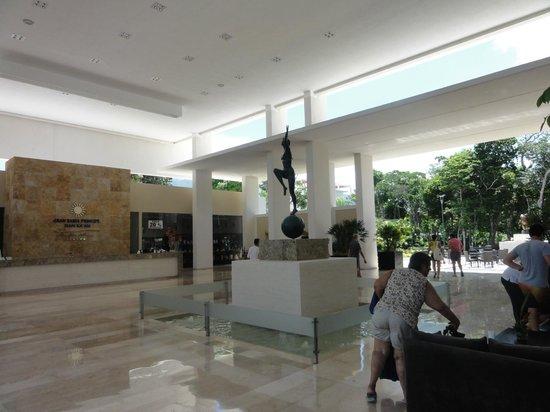 Luxury Bahia Principe Sian Ka'an: lobby