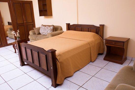 Hotel Yolaina large room