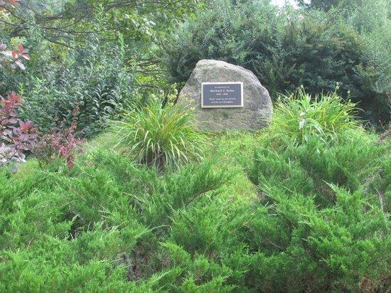Cronin's Golf Resort: special garden spot
