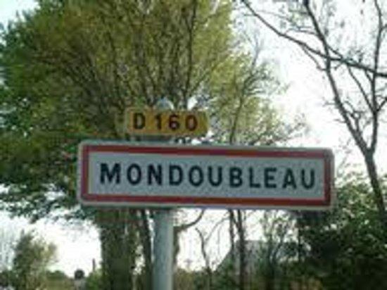 Le Grand Monarque: Bienvenue à Mondoubleau, dans le Loiret-Cher, région Centre
