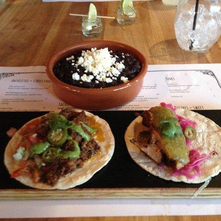 El Rio: Black Beans and tacos