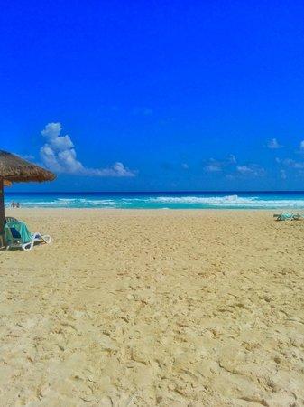 The Royal Caribbean: Beach