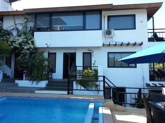 Out of the Blue Resort : L'entrée de la villa 1
