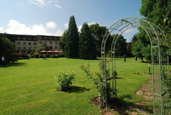 Hotel Brücklwirt: Verewigt auf unserem Liebesschloss-Rosenbogen