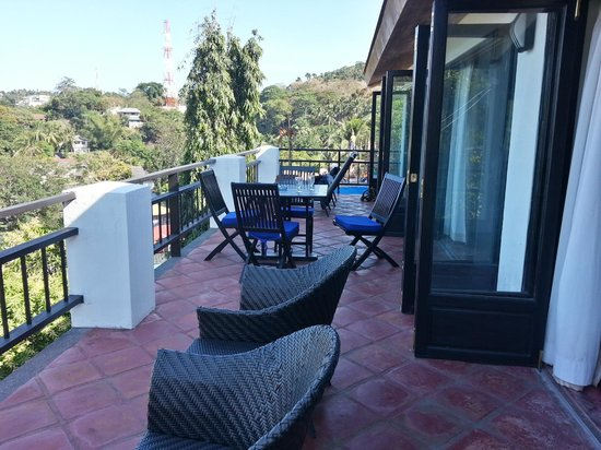 Out of the Blue Resort : le balcon 2e étage