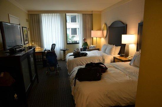 Renaissance New Orleans Arts Warehouse District Hotel : Room 305