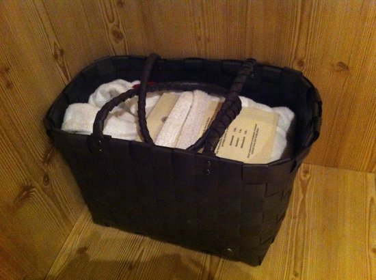 Vital-Hotel Meiser: SPA basket in the room, all you need to relax