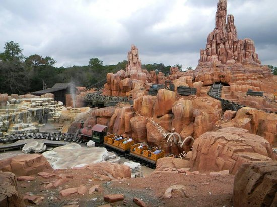 Magic Kingdom: big thunder