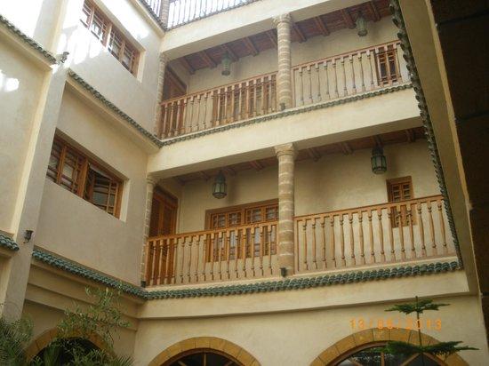 Riad Chbanate : les chambres vues du lobby